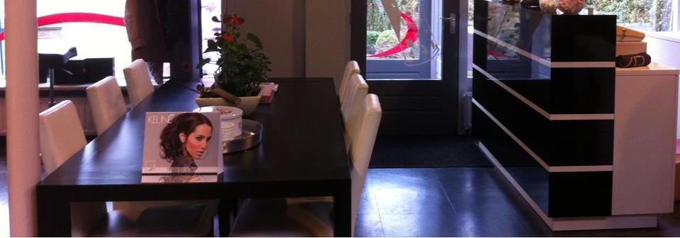 Salon tafel Kapsalon Berta
